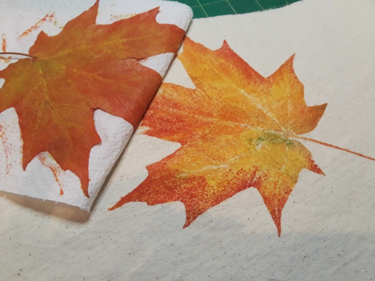 Leaf in print